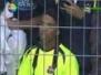 Ronaldinho fenerbahçe\'nin köln deki maçna geldi!!! :)
